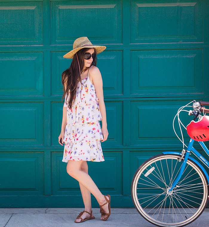 Tiered-Dress-with-hat-2web