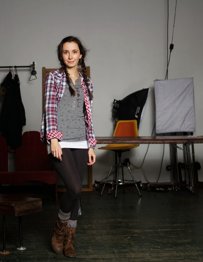 plaid-shirt-thermal-henley-leggings-combats-boots