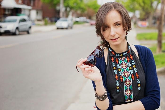 Embroidered-bib-halter-cargos-mommy-fashion-blogger