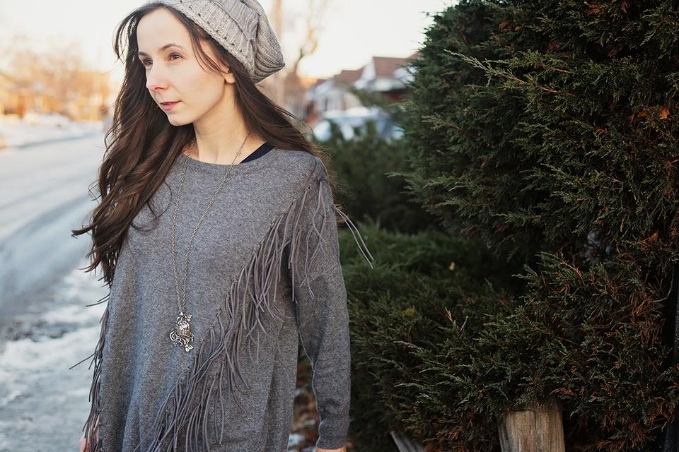 Fringe-sweater-leg-warmers-boho-chic