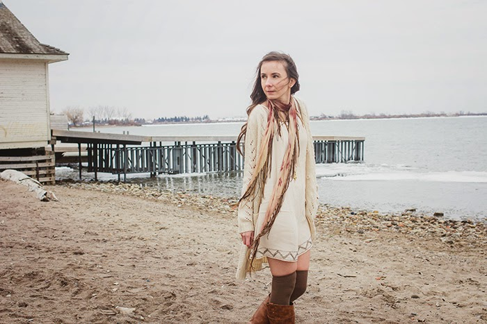 Fringe-scarf-shift-dress-beach-boho-style