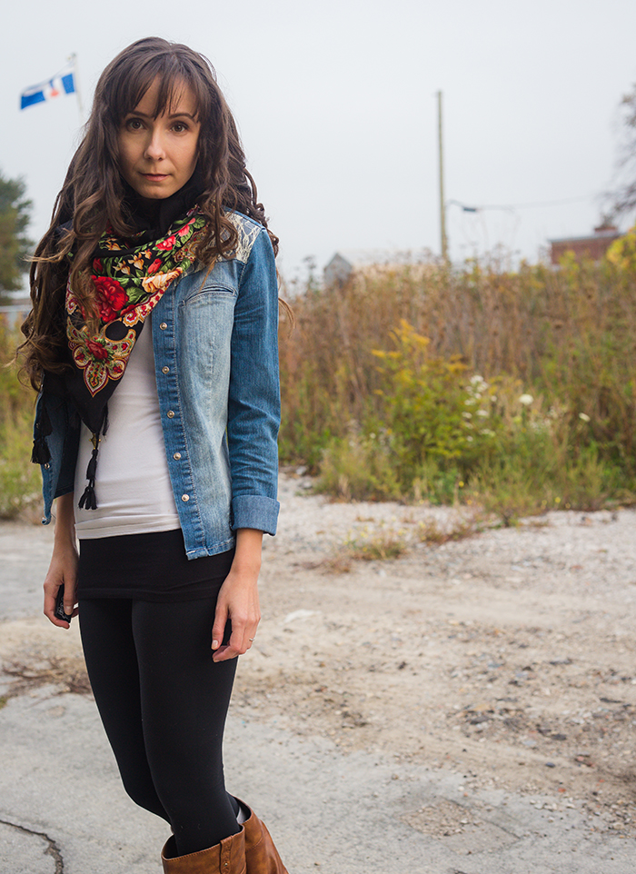 Polish-scarf-jean-shirt-yoga-pants